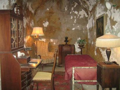 Al Capone's Cell in Eastern State Pen (photo by Mark May)