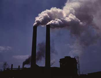 Smokestack Air Polution - Ozone  and Particle Polutions